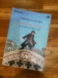 Pangeran Pencuri  novel by Cornelia Funke