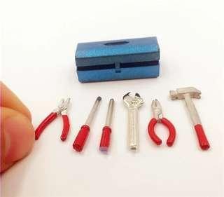 Miniature tools box