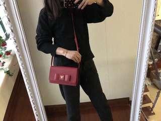 Prada red Chain Bag. Size 20*12 cm
