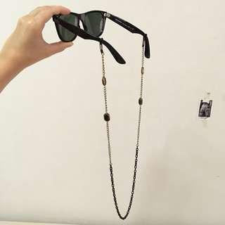 Eyewear necklace accessory