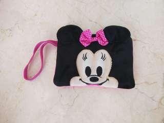 Minnie pouch