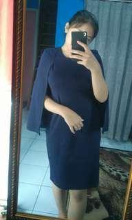 Dress selutut navy