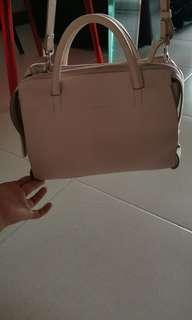 Rabeanco Handbag/Crossbody