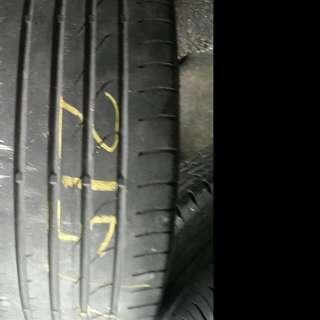 Tyre 215.40.17