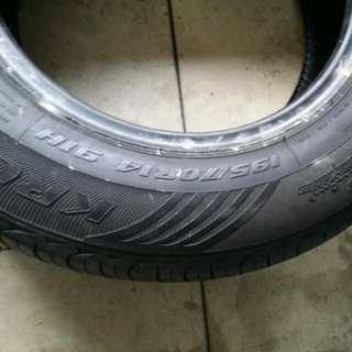 Tyre 195.70.14