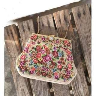 Skin&Moss Vintage十字繡繡花包英國薔薇花緞面花邊珍珠扣晚宴鏈包晚宴包迷你包立體包復古包