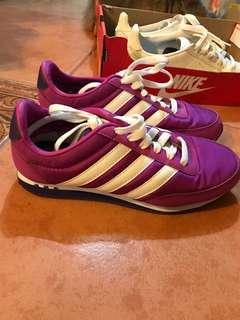 Adidas neo 紫色 未出過街 只試穿過 us5.5