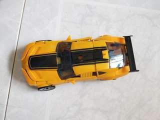 Bumble Bee transformer large