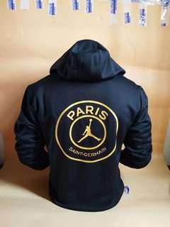 🔥🔥PSG black hoodie with Gold logos!!