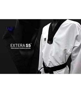 Mooto Extera S5 WTF Taekwondo Dobok