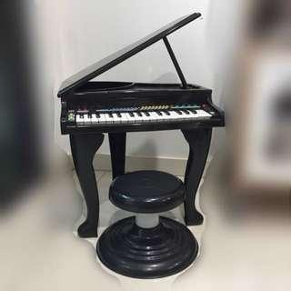 Kids Grand Piano @ Toy Piano
