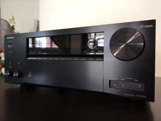 Onkyo TX-NR656 receiver