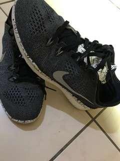 🚚 Nike 輕量鞋 保證正品