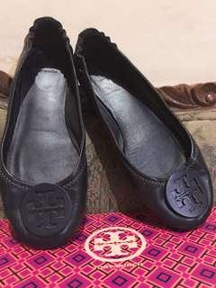tory burch authentic navy shoes