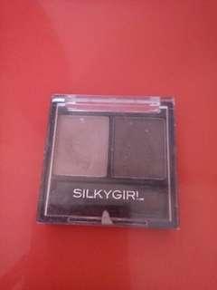 Eyrshadow silkygirl