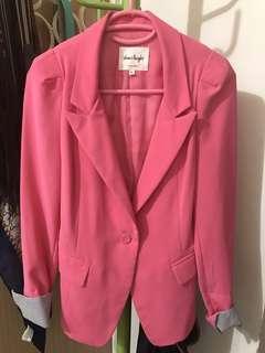 🚚 韓🇰🇷桃紅色西裝修身外套