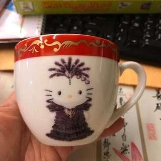 🚚 全新凱蒂貓2000年日本紀念杯