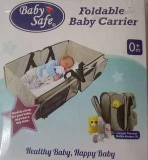 Foldable baby carrier
