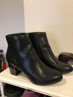 Dorothy Perkins Leather Boots