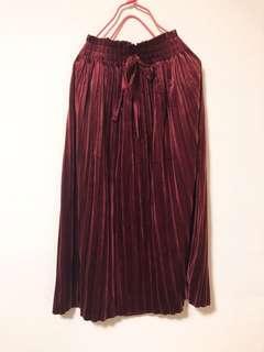 酒紅絨毛長裙