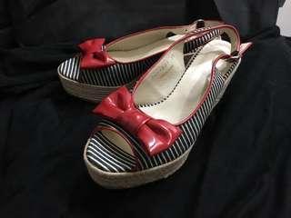🚚 搬家出清 復古魚口楔型鞋 38號