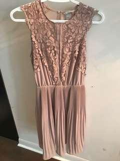 H&M size 6 lace detailed dress