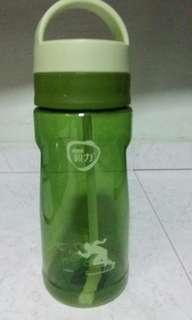 Green acrylic sporty water bottle(1.5L)