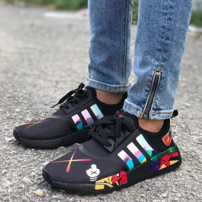 size 40 369ee f2666 Adidas NMD R1 x KAWS, Women's Fashion, Shoes, Sneakers on ...