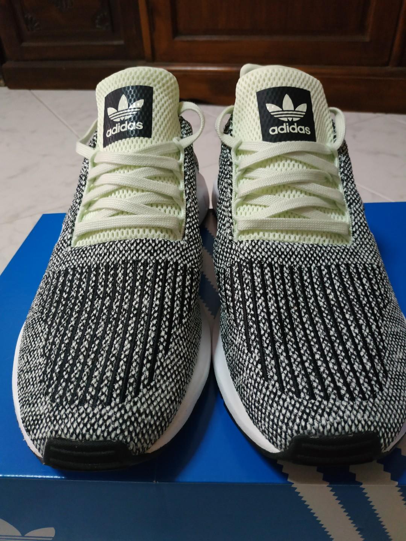 Adidas Swift Run-Neon green, Men's