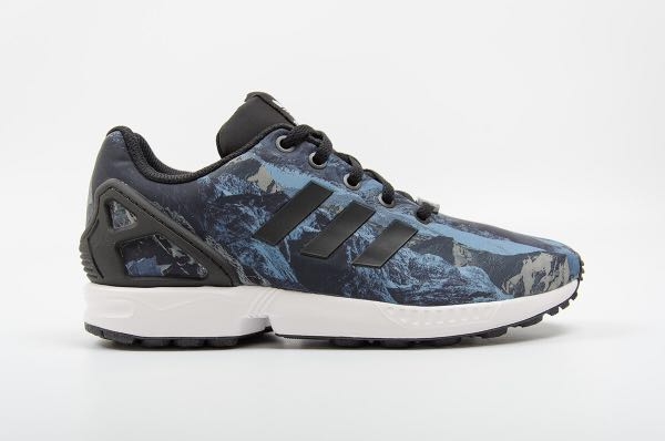 69687dceebac4 Adidas ZX Flux Black and Forest Blue
