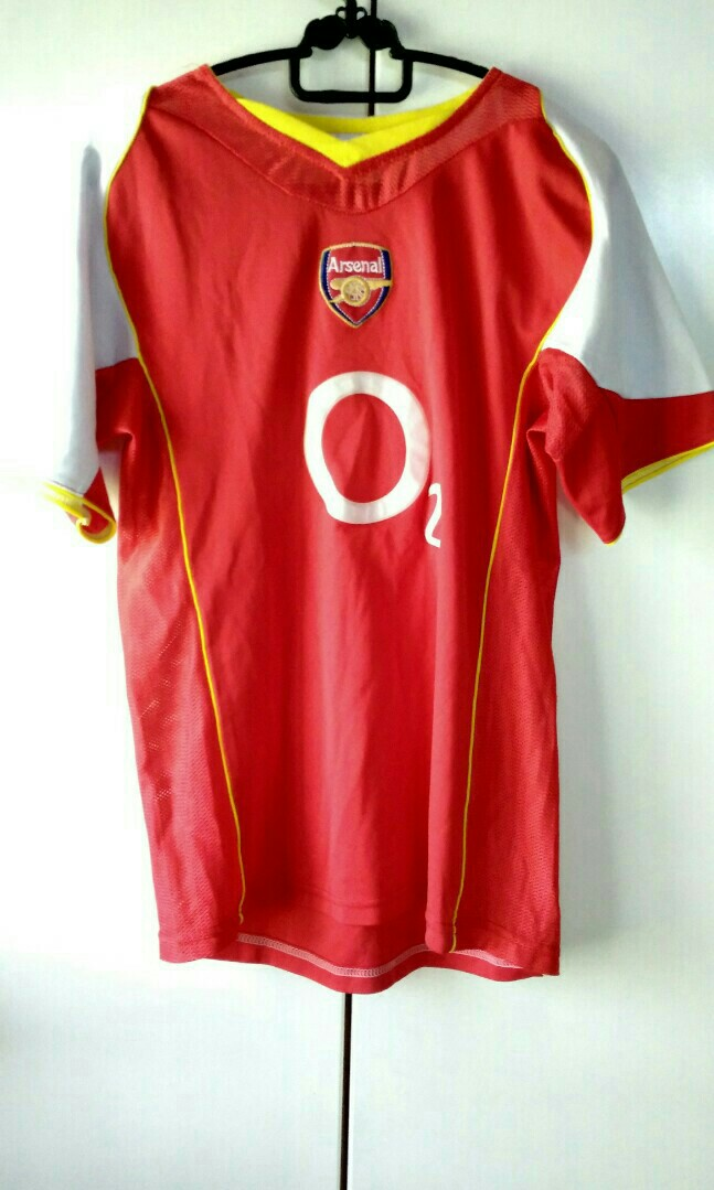 online store 1cd09 b2a67 Arsenal home kit 2004 - 2005