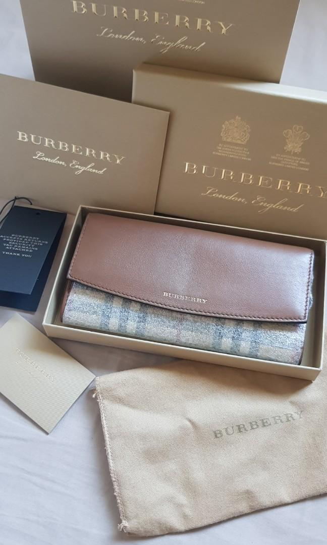 AUTHENTIC Burberry horseferry check and leather continental wallet 2017