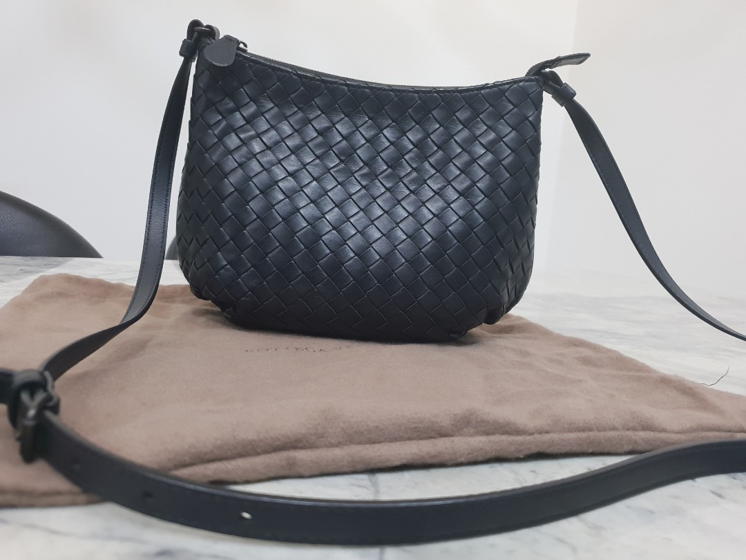 f5100958032a8 Bottega veneta crossbody bag luxury bags wallets sling bags jpg 1080x810 Bottega  veneta cross bag
