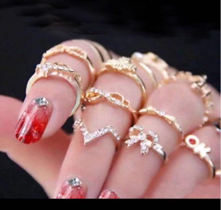 Ig baddie mid finger rings