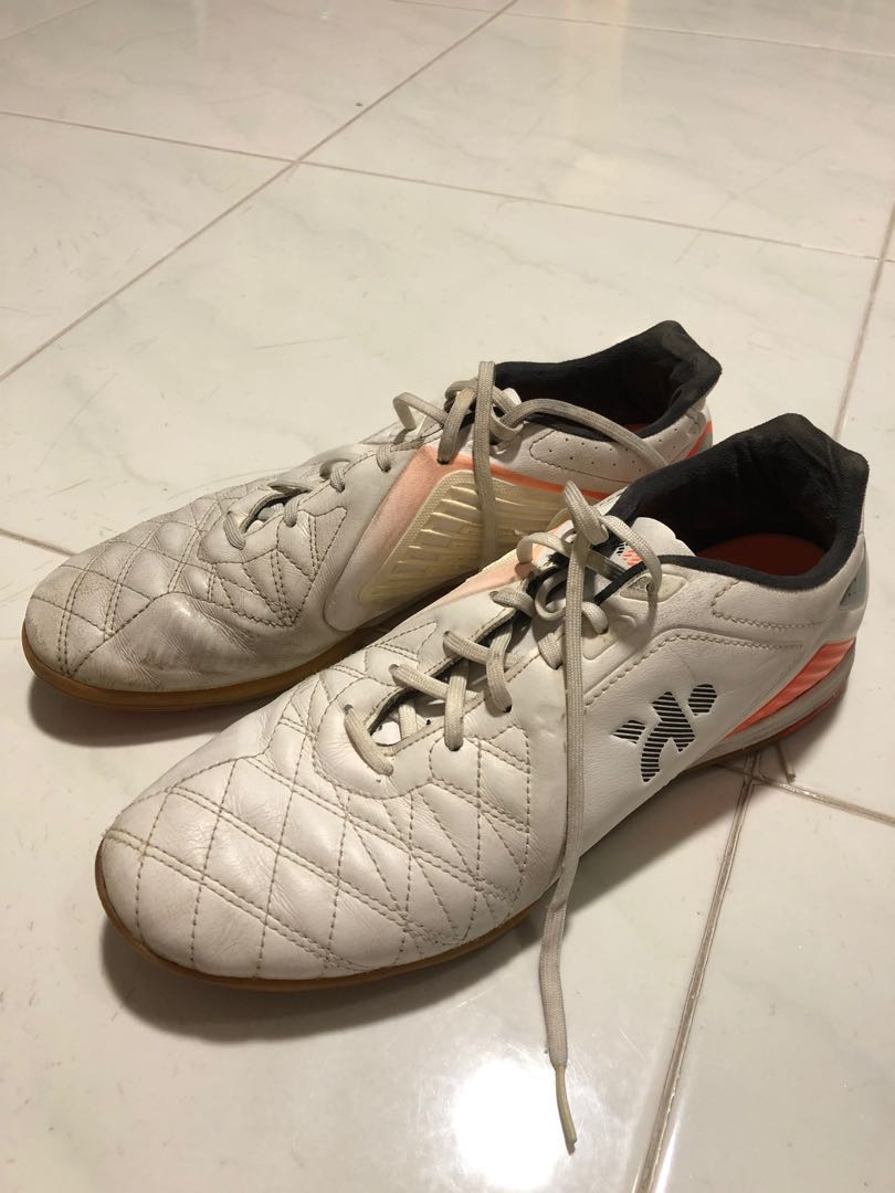 f94dae169c Kipsta football boots, Men's Fashion, Footwear, Boots on Carousell