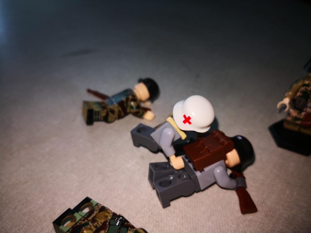 Lego (Compatible) German medic WW2 helmet, Toys & Games