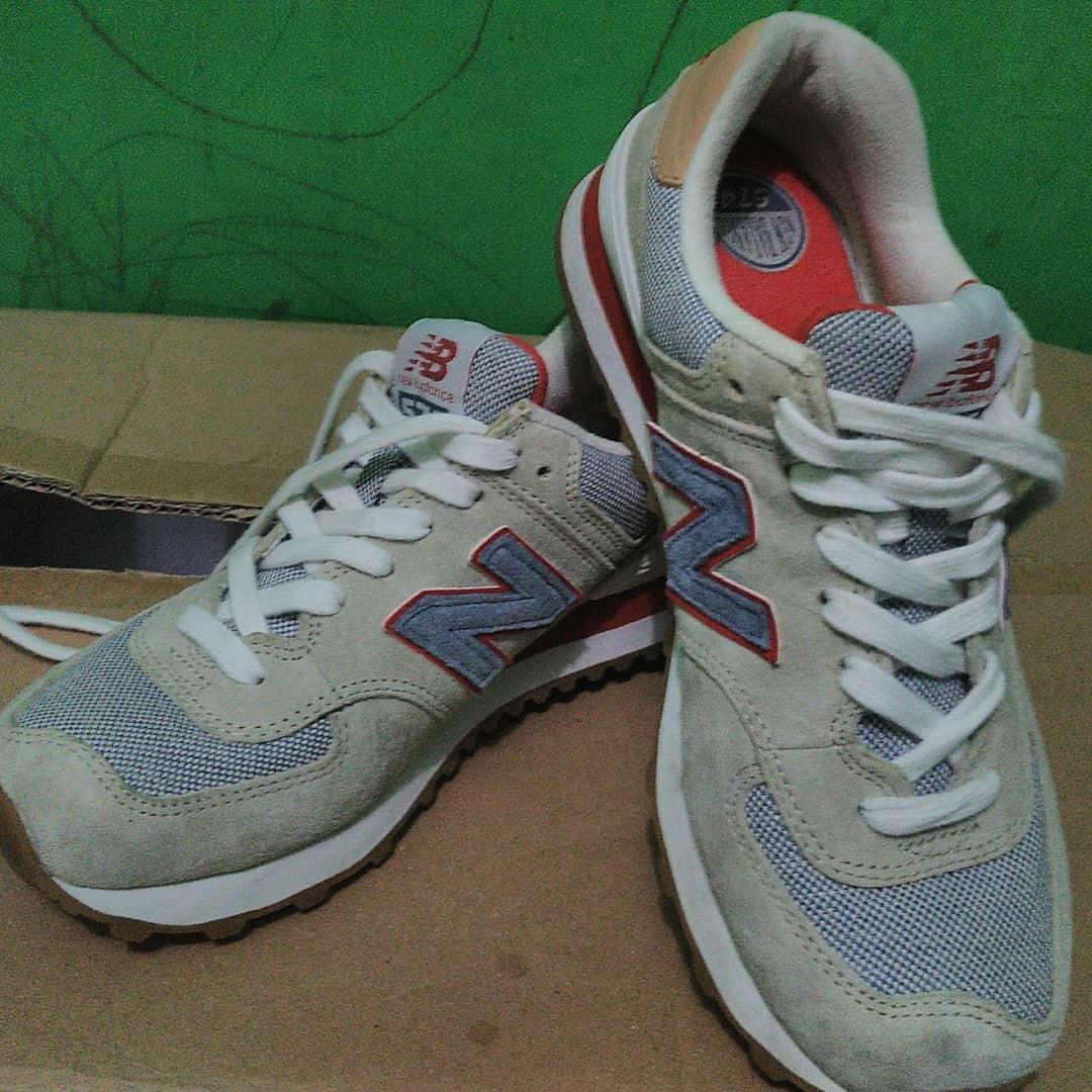 Sepatu New Balance 574  e3d4f2bc82