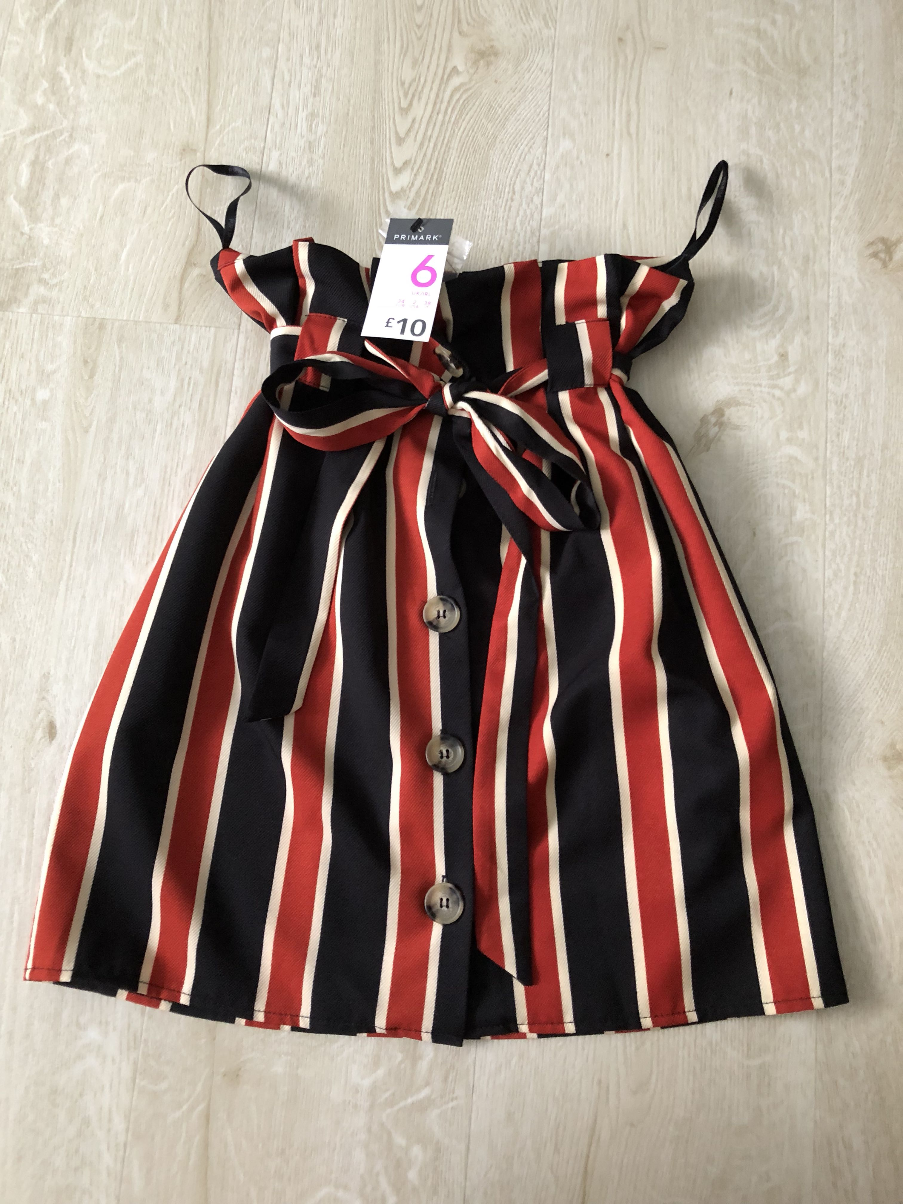 5fb38a80b5 Primark Paperbag Skirt, Women's Fashion, Clothes, Dresses & Skirts on  Carousell