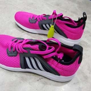 b21eeb42f6a1c Adidas Cloudfoam Ortholite Ladies Brand New US Size 7
