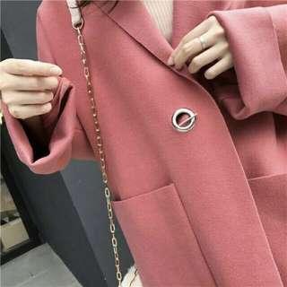 🚚 乾燥玫瑰粉色不收邊大衣
