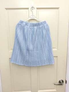 🚚 Yoco淺藍格子摟空短裙