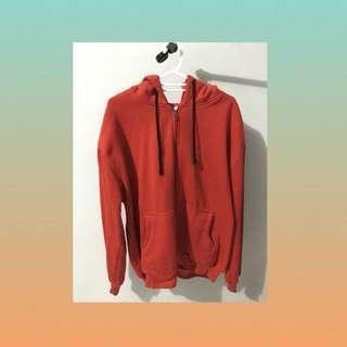 hoodie zipper merah