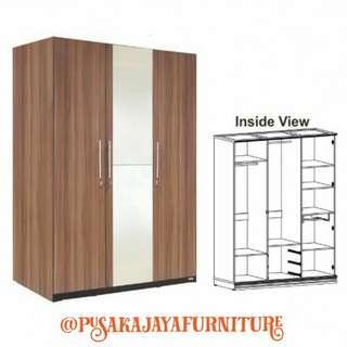 Lemari expo product 3 pintu sleding door
