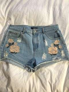Women's Jean Shorts Floral Embroidery
