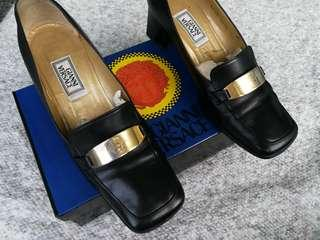 GIANNI VERSACE Leather Loafers
