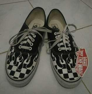 Vans Authentic (Ceckerboard Flame)