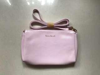Banner Barrett 粉色細袋 化妝袋 旅行用 pink crossbody bag cosmetics bag