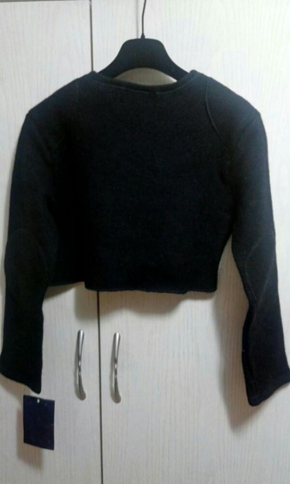 全羊毛短上衣100%wool long sleeves cropped top(Made in France)
