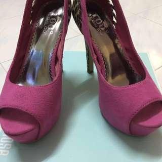 Hot pink leopard suede pumps