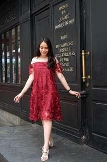 Belle Lace Dress - Maroon